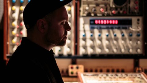 Sampling is becoming harder to do, says DJ Shadow