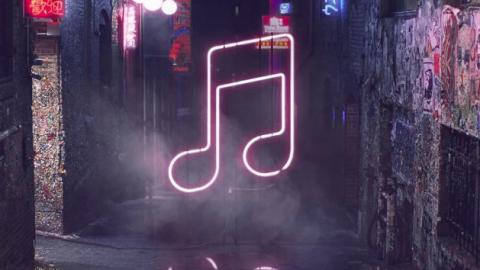 APPLE MUSIC'S GROWTH IS GETTING FASTER… BUT IT CAN'T QUITE KEEP UP WITH SPOTIFY