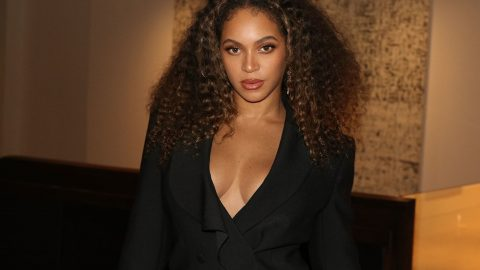 Beyoncé assina novo acordo global com Sony/ATV